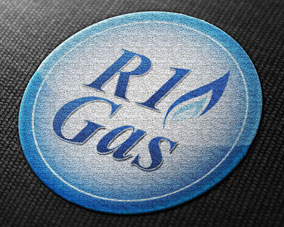r1-gas-embroidered-logo
